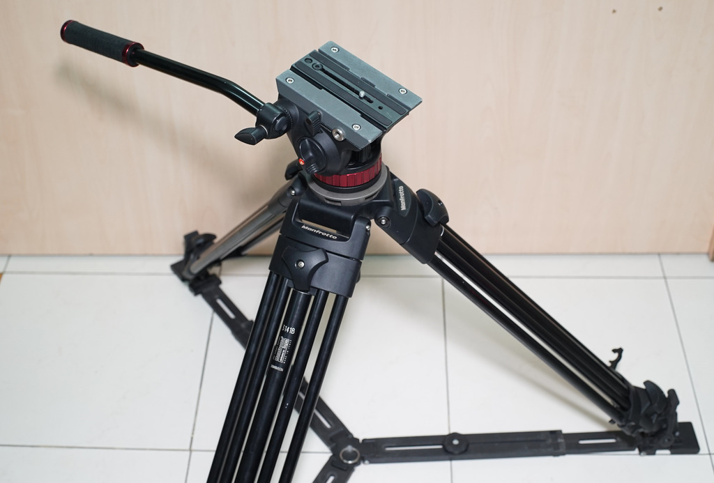 Manfrotto 500MVB Video Tripod